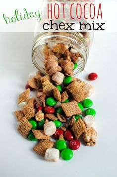 Holiday Hot Cocoa Chex Mix - cute, quick, and easy gift for coworkers, neighbors, friends, and family! (and myself! hahah!)
