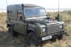 Land Rover Defender TUL XD WOLF FFR by Wolverine 90, via Flickr
