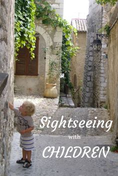 Tips for making sightseeing fun with children even in places that might initially seem far from child-friendly