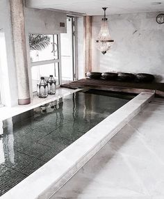 Find images and videos about home, interior and pool on We Heart It - the app to get lost in what you love. Patio Interior, Best Interior, Home Interior, Interior Architecture, Interior And Exterior, Interior Design, Inside Pool, Piscina Interior, Ideas Hogar