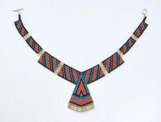 Triangle with glass bugle beads. Bead Jewellery, Jewelry Art, Beaded Jewelry, Handmade Jewelry, Unique Jewelry, Bugle Beads, Seed Beads, Seed Bead Necklace, Beaded Necklace