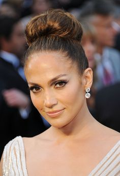 Wedding Hairstyles: Up 'dos: J-Lo is the queen of the full bun. Print, trial, swoon.