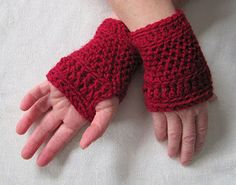 Mr. Micawber's Recipe for Happiness: Wickerwork Mitts ~ Crochet Pattern and Phototutorial, fingerless gloves, wrist warmers, wristlets