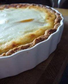 Persikka-rahkapiiras No Bake Desserts, Apple Pie, Lorem Ipsum, Food And Drink, Baking, Tarts, Mince Pies, Pies, Bakken