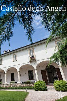 Castello degli Angeli è Location per Eventi con ampi giardini e portici suggestivi. #castellodegliangeli #location #eventi #portico