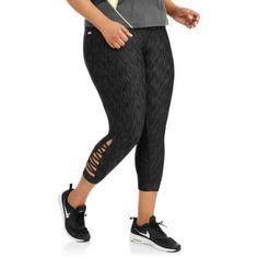 Danskin Now Women's Plus Zig Zag Fashion Crop Pant, Black