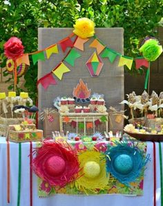 Brazilian Festa Junina Party Ideas - get inspired with this adorable festa junina themed family party with lots of DIY decorations, party printables, food and party favors to inspire your June celebrations! Rio Party, Festa Party, Party Fun, Party Printables, June Celebrations, Brazil Party, Hawaian Party, Fruit Of The Spirit, Mexican Party