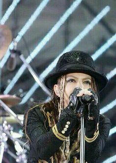 hyde【L'Arc〜en〜Ciel】