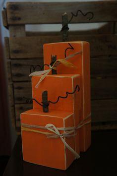 Wooden Pumpkin Set