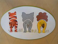 Percha infantil - pintura sobre madera