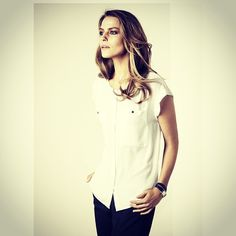 Den perfekta vita blusen, nu i butik och online! #sansablouse #stockhlm