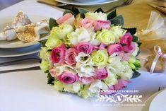 Colourful wedding bouquet Wedding Colors, Wedding Bouquets, Cake, Color Scheme Wedding, Food Cakes, Cakes, Wedding Flowers, Tart, Cookies