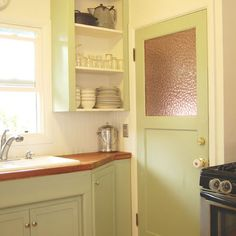 Use *every* inch .... Portland Eclectic Kitchen Photos Design, Pictures, Remodel, Decor and Ideas - page 2