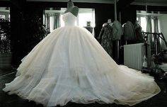 the best wedding dress for me