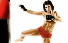 Attut Spor : BOKS RİNGLERİNİN YARAMAZ KIZI - GINA CARANO #boxer #strong #fit #bikini #fight #ring #nude