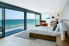 View Las Tunas Beach Homes for Sale in Malibu, California. All Las Tunas Beach ocean front homes for sale and for lease in South Malibu are featured here. Malibu Beach House, Beach Mansion, House On The Beach, Beach House Hotel, Dream Beach Houses, Modern Beach Houses, Beach House Decor, Home Decor, Luxurious Bedrooms