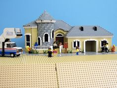 Arrested Development Lego house!