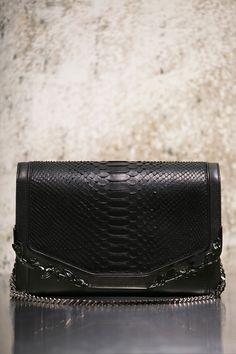 6d3b1704bfbb AUTUMN WINTER 16 17 Bags Preview - Handbags Purses And Handbags