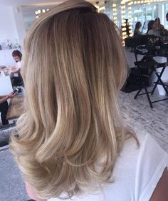 Amazing Blond Balayage Hair Colors For Long Hair In 2019 - Page 4 of 16 - Dazhimen Balayage Blond, Hair Color Balayage, Ombre Hair, Mom Hairstyles, Pretty Hairstyles, Bad Hair, Hair Day, Blonde Hair Looks, Gorgeous Hair