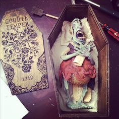 paranorman boxes - cool idea for halloween invitations