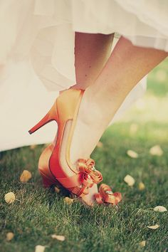The most romantic season has begun! And gorgeous fall wedding eye candies already are delighting the eye! Today I'd like to share amazing bridal shoes or boots that wow – of different colors and styles. Go hot colors. Fall Wedding Shoes, Wedding Heels, Bridal Shoes, Wedding Attire, Fall Booties, Fall Shoes, Autumn Bride, Shoe Clips, Groom And Groomsmen