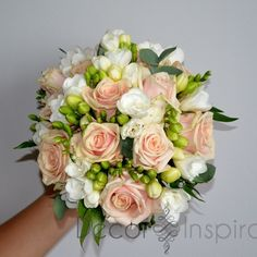 Bukiety ślubne | Decor Inspiration - Dekoracje ślubne, dekoracje sali weselnej Katowice Small Wedding Bouquets, Diy Wedding Bouquet, Bride Bouquets, Bridal Flowers, Rose Wedding, Floral Bouquets, Floral Wedding, Rustic Wedding, Rose Flower Arrangements