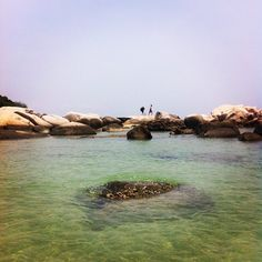 Capturing the moment....#bluewater #blueskies #sea #swag #style #asia #afternoon #amazingview #indonesia #bintan #beautiful #billionaire #hotweather #richandfamous #rocks #love #lifestyle #water #wallstreet #preciousmoment #random #people #ocean #holidays #date #island #business #money #fresh