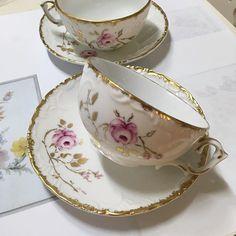 tea cups/rose