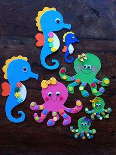 toys – Reciclagem divertida e artesanato: Cavalos Marinhos e Polvinhos – Bebekler hakkında herşey Kids Crafts, Foam Crafts, Diy And Crafts, Arts And Crafts, Paper Crafts, Ocean Crafts, Beach Crafts, Summer Crafts, Decoration Creche