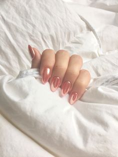 Pink rose gold chrome nails manicure Almond nails http://hubz.info/105/nice-nails-hena-tattoo-and-silver-jewelry