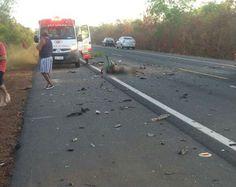 Grave colisão entre um carro e uma carreta na BR-343 deixa vítima fatal