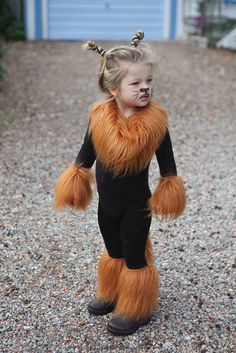 Itu0027s the week of Halloween and your child still doesnu0027t have a costume! Here are some ideas for a quick costume fix! & Easy lion costume. Black leotard and leggings with fur added ...