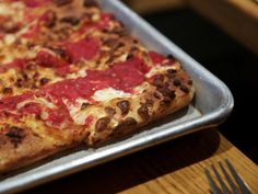 Slide Show | 16 Great Square Slices in NYC | Serious Eats
