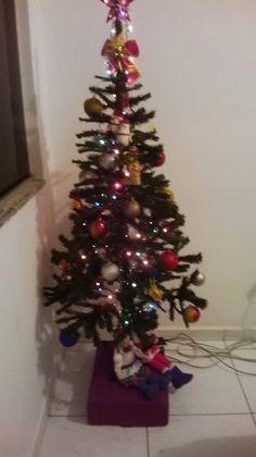 Árvore de natal 2014 Christmas Tree, Holiday Decor, Home Decor, Happy Holidays, Teal Christmas Tree, Decoration Home, Room Decor, Xmas Trees, Christmas Wood
