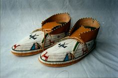 By Jim Lenoch Cheyenne Style men's shoes Brain tan,rawhide 13cuts and old stock beads