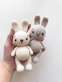 Gehaakt konijntje gemaakt door Elif T. Lief klein haakprojectje om een amigurumi konijntje te maken.