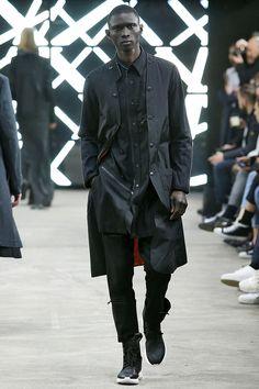 Y-3 Fall/Winter Paris Fashion Week 2016 Menswear