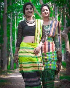 Beautiful Girl Image, Beautiful People, Navel Hot, Cute Young Girl, Asian History, Traditional Dresses, Indian Beauty, Girl Photos, Photo Art