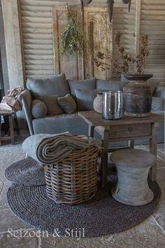 (Season & Style) Rustikal Wohnen Raw Beauty Source by turbohedi House Design, Interior, House Styles, Home Decor, House Interior, Home Deco, Rustic Living, Rustic Interiors, Rustic House