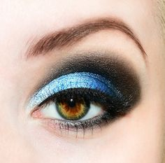 beautiful blue and black eye look