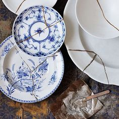 Kintsugi repaired broken china plates #kintsugi #hollyandco #perfectlyimperfect
