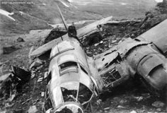 German bomber shot down by ground fire on 28 may 1940 in the valley of mount Korsbakken in the area of Narvik. The aircraft belonged to Of the crew two people were killed, two were captured. Narvik, Native American History, American Civil War, Luftwaffe, Focke Wulf, Ww2 Aircraft, Aircraft Carrier, Military Aircraft, Ww2 Planes