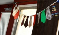 Guirnalda de Corbatas para el día del Padre via http://www.lasmanualidades.com