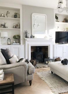 Outstanding and also Casual Living Area Design Ideas - A living-room is an important practical room where families spend a great deal of time together. Alcove Ideas Living Room, Living Room Drapes, Chic Living Room, New Living Room, Living Room Modern, Living Area, Room Ideas, Decor Ideas, Cosy Living Room Decor