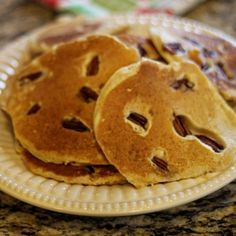 Light & Fluffy Pancakes:  1/2 cupEgg whites (or Egg Beaters Original) 1/2 cupOats (old fashioned oats, not quick cooking kind) 1/2 cupLow-fat cottage cheese 1 tspVanilla 1/8 tspBaking powder 1/2 tspCinnamon 1 tspSweetener of choice that measures like sugar OptionalToppings: 1/2 cup frozen strawberries or blueberries, warmed and mixed with 1 tsp Splenda, Sugar free syrup, Fat Free whip topping, Fat Free butter spray, 1/4 cup chopped pecans