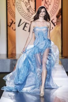 Atelier Versace Couture Fall 2012 Collection Photo 1