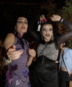 Siouxsie and Nina Siouxsie Sioux, Siouxsie & The Banshees, Moda Punk, Nina Hagen, Cinema, Women In Music, The New Wave, Music Icon, Ice Queen
