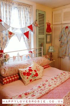 Girl bedroom...Love the colors!