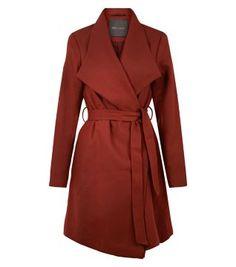 Manteau rouille croisé sur le devant