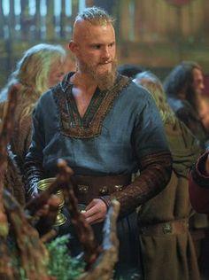 """jorindelle: """"Bjorn Ironside in Vikings 4.12 ©"""""""